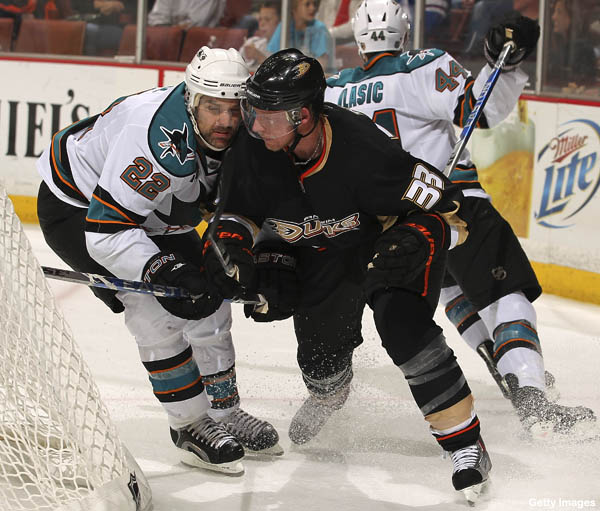 Puck Previews: Canes vs. Sabres, Lydman returns for Ducks