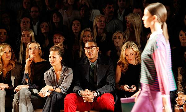Carmelo Anthony is a big hit at Fashion Week