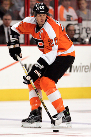 Chris Pronger out for season with severe post-concussion syndrome