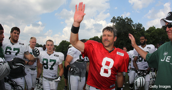 41-year-old Brunell plays part of Tebow decoy for Jets