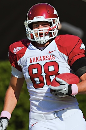 RIP Garrett Uekman: Arkansas tight end dead of unknown causes (Updated)