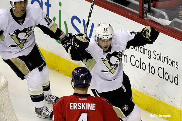 Capitals powerless vs. Penguins; Asham answers for taunt