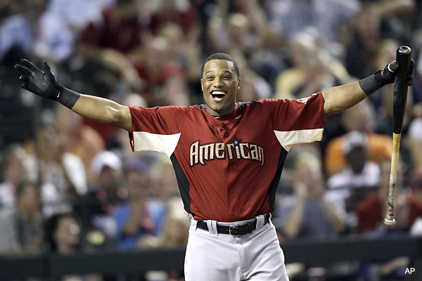 Robinson Cano uses dad's help to win Home Run Derby
