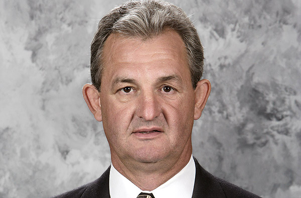Darryl Sutter: Coach Kings deserve, but not the one they need?