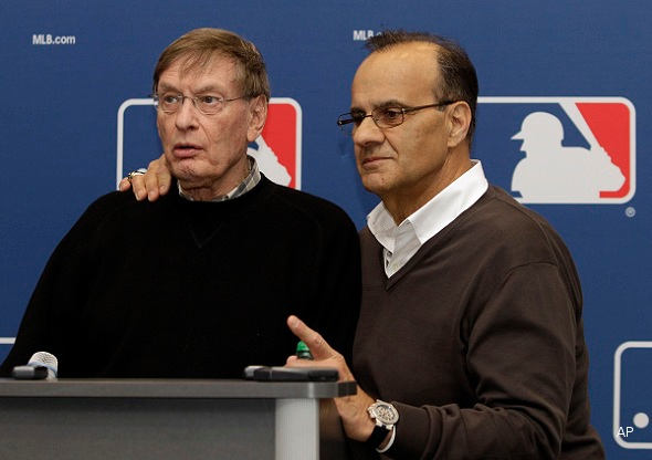 Could Joe Torre be part of a Dodgers ownership group?