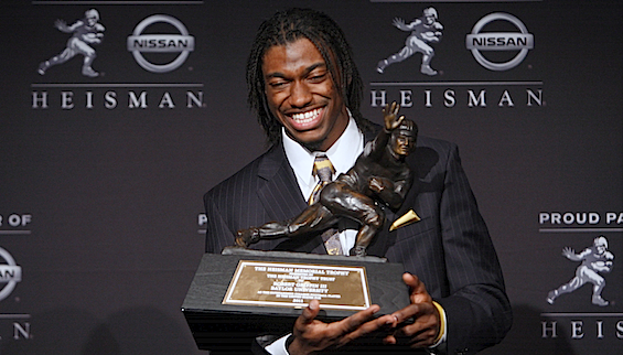 Robert Griffin III&#8217;s statue shatters the Heisman mold