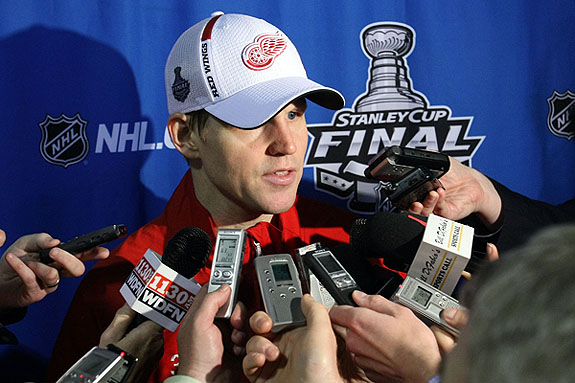 Retiring Chris Osgood, Red Wings make the right call