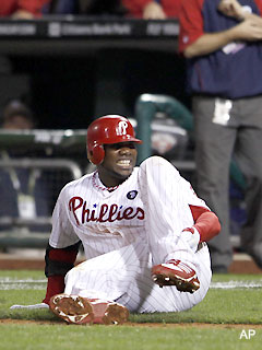 Gut punch: Ryan Howard injures Achilles on last play of season