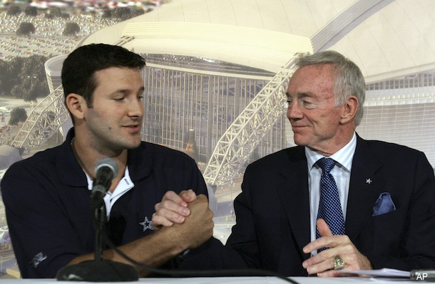 Jerry Jones: Romo played 'one of best games I've ever seen'