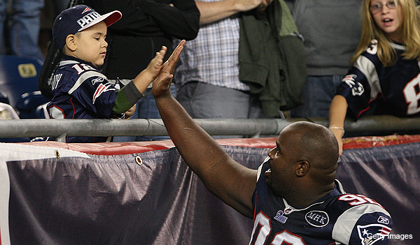 Haynesworth would 'give that money back' to have played for Pats instead of Redskins