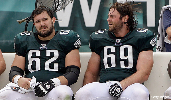 Eagles players defend asking fans to take down anti-Reid sign