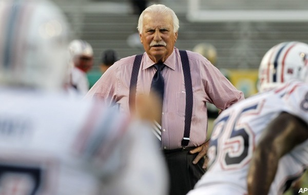 On-campus stadium in hand, FAU faces Schnellenberger's last ride