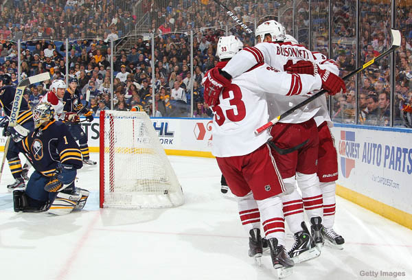 Paul Bissonnette gets first goal as Mom attends first game