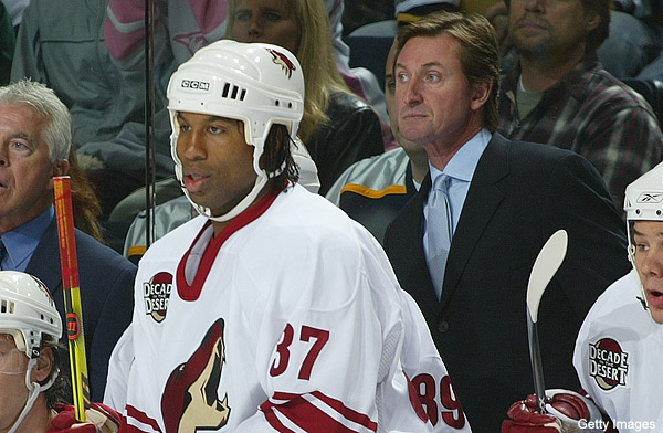 Georges Laraque vs. Darren Pang Twitter fight over Gretzky legacy