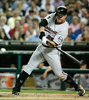 Cooperstown next stop for Thome after home runs 599, 600