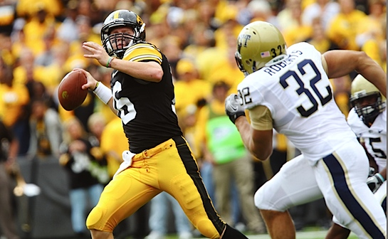 James Vandenberg's perfect fourth quarter saves Iowa's September