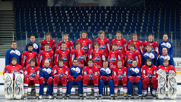 Months after plane crash, Lokomotiv Yaroslavl reborn on ice