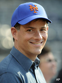David Einhorn could buy a majority of the Mets for just $1