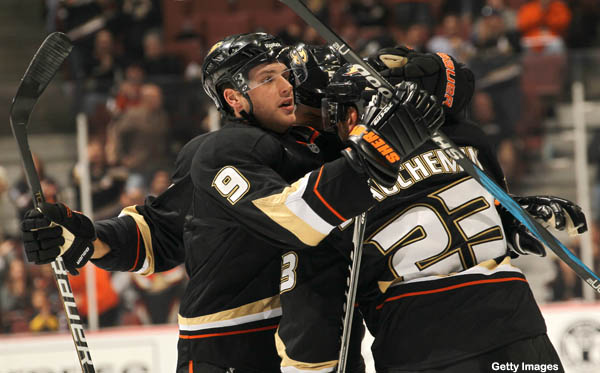 Hockey Hugs: leaping superhugs; Bobby Ryan, counselor