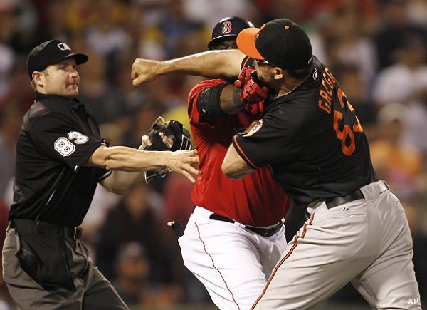Beantown Brawl: David Ortiz, Kevin Gregg come to blows in Sox win
