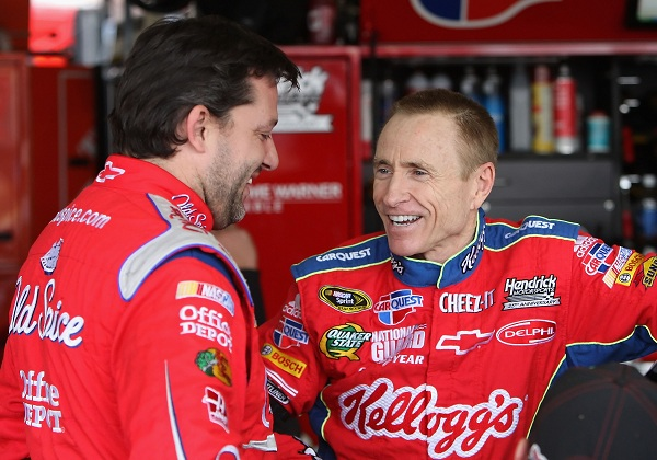 Tony Stewart openly looking to bring Mark Martin to SHR