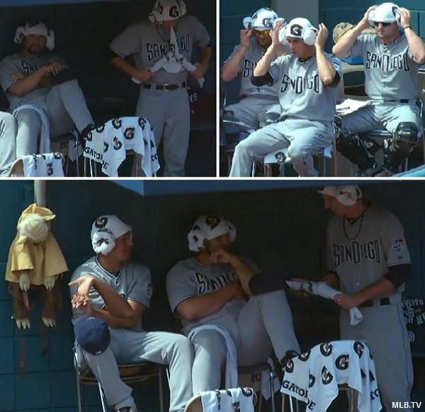Use the force: Padres' bullpen becomes mini-Star Wars convention