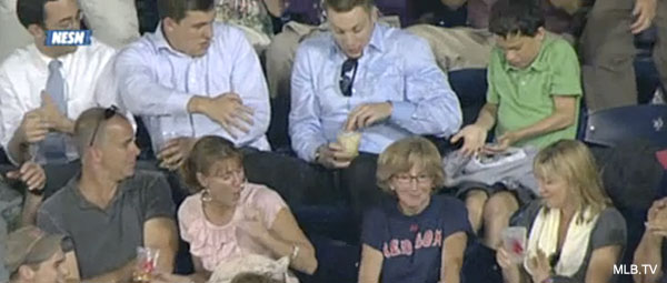 Beer pong! Nick Hundley's foul ball lands in fan's drink