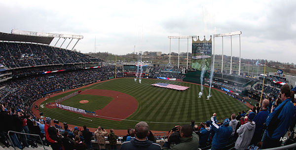 Report: Royals set to sell Kauffman Stadium&#8217;s naming rights