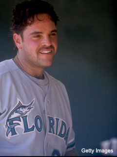 Huh? Mike Piazza will help the Marlins shut down Sun Life Stadium