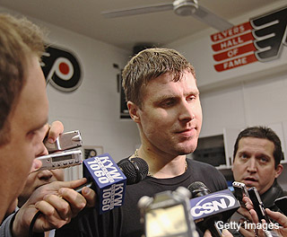 Philly media to Flyers: Why you heff to muzzle Ilya Bryzgalov?