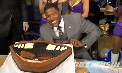 Michael Strahan got a gap-toothed birthday cake from Fox