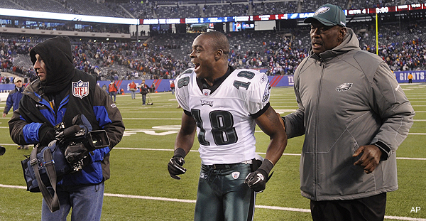 Eagles' Maclin ready for football after cancer scare