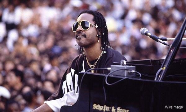 Stevie Wonder gave Darryl Dawkins his 'Chocolate Thunder' nickname