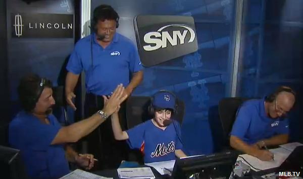 Video: Mets' kidcaster's enthusiastic home run call