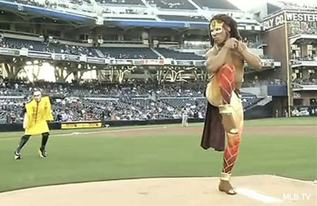 Cirque du Soleil performer gets nutty with Padres' first pitch