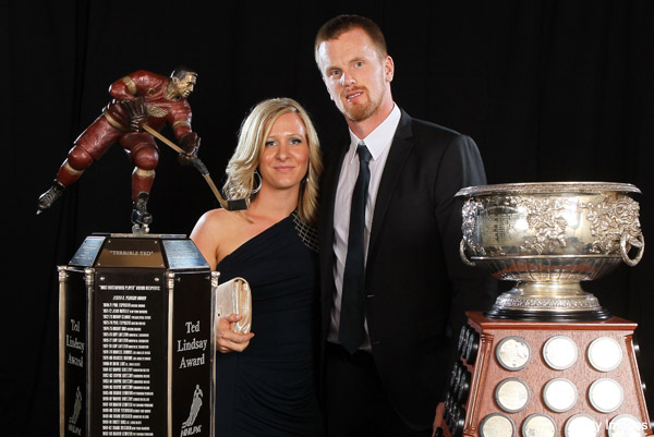 Mystery: Who broke Daniel Sedin's Ted Lindsay Award in Vegas?