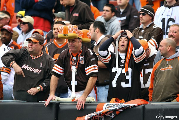 Browns fan kicked out of seat for standing too much