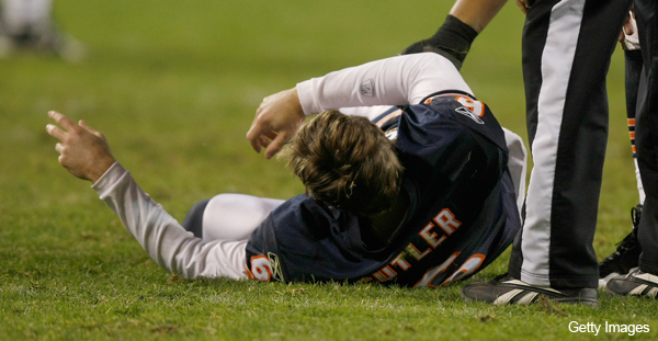 Bears' Cutler could be done for the regular season with thumb injury