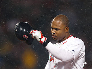 Carl Crawford tells Red Sox fans he's 'sorry for the year I've had'
