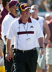 Minnesota coach Jerry Kill had seizures late in games two previous times, in 2001 and 2005.