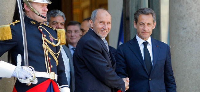 France vows to step up airstrikes in Libya