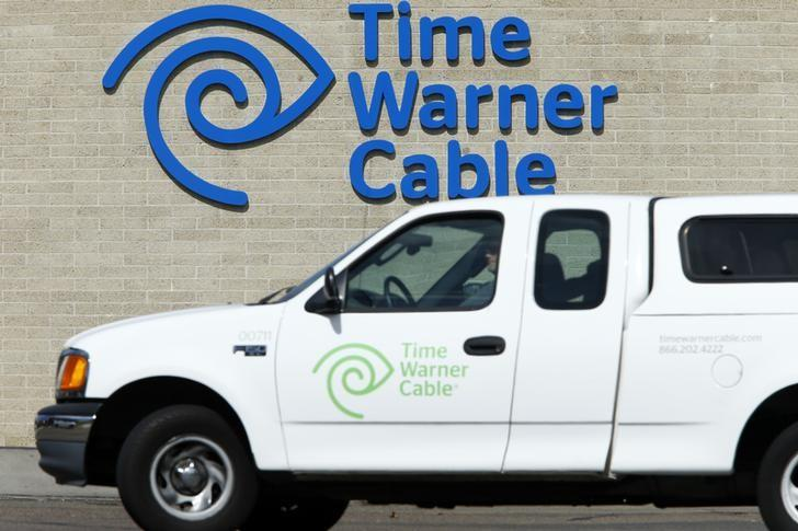 FCC chairman reached out to Time Warner Cable, Charter CEOs - WSJ