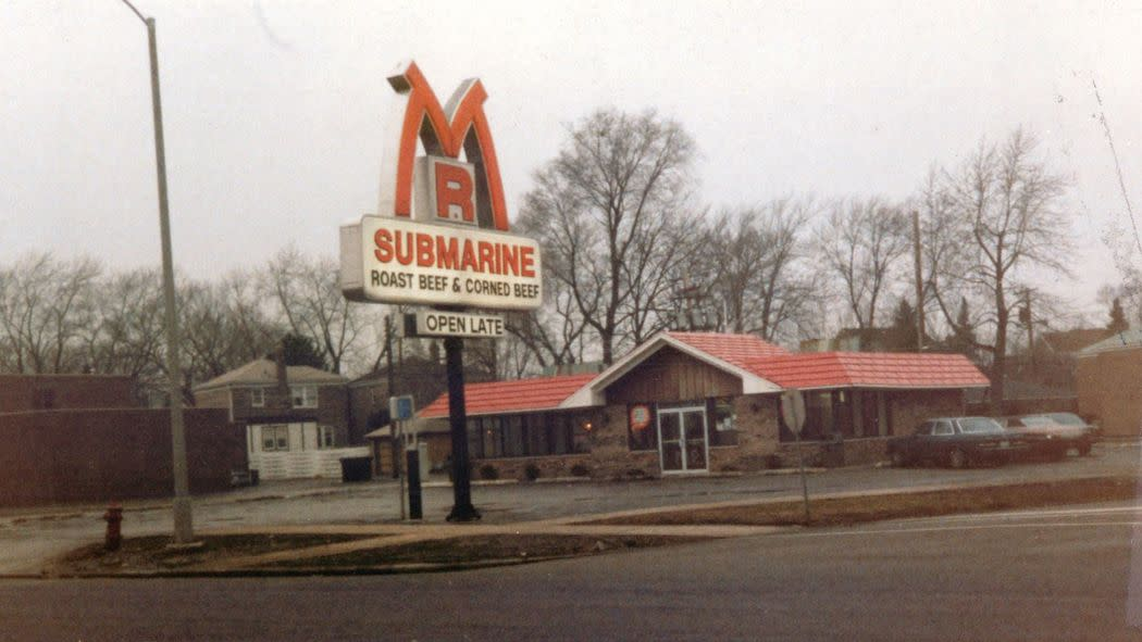 40 Years of Mr. Submarine: Reflections on Chicago, Sandwiches & Scottie Pippen