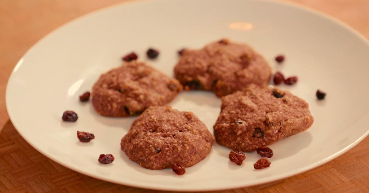 Watch: Coconut Raisin Cookies Made Without Gluten