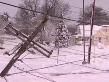 Rhode Island Works to Restore Power