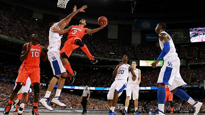 Final Four - Louisville v Kentucky