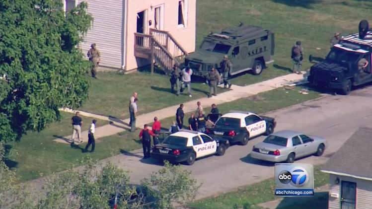 Harvey hostage situation ends; 2 suspects in custody