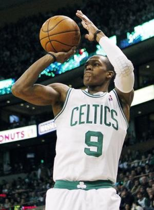 Rondo's triple-double carries Celtics over Bulls