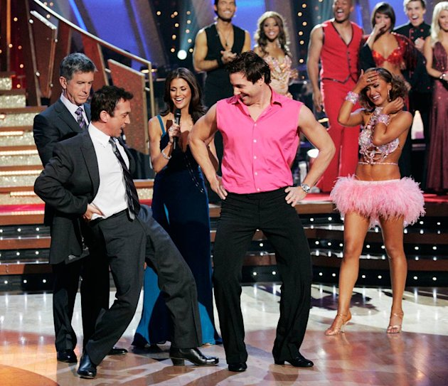 Bruno Tonioli teaches Rocco DiSpirito how to shake his hips on Dancing with the Stars. 