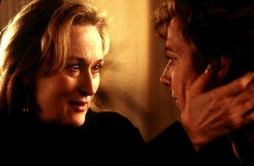 Meryl Streep as Clarissa and Allison Janney as Sally in Paramount Pictures and Miramax Films' The Hours